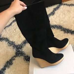 Black SUEDE wedge boots (perfect condition)